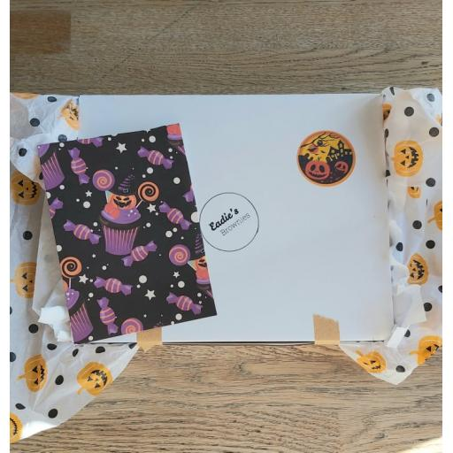 Halloween Trick or Treat Mixed box of 6